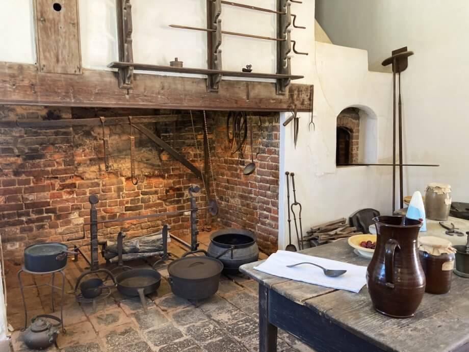 Detached kitchen at Mount Vernon