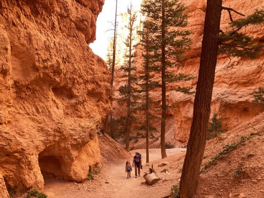 Hiking up the Navajo Loop Trail with Kids